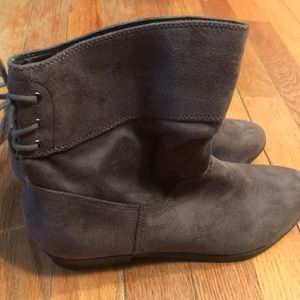 Brand new grey suede low boots